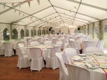Evinement location chapiteaux tentes salle de mariage - Location de table ronde pour mariage ...